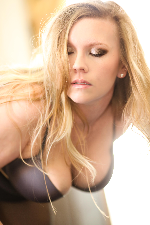 2-16-15 Erin Carney Boudoir-8809-7